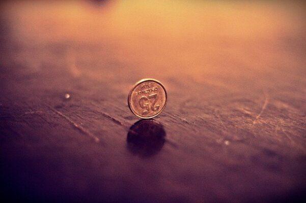 寂しそうなコイン